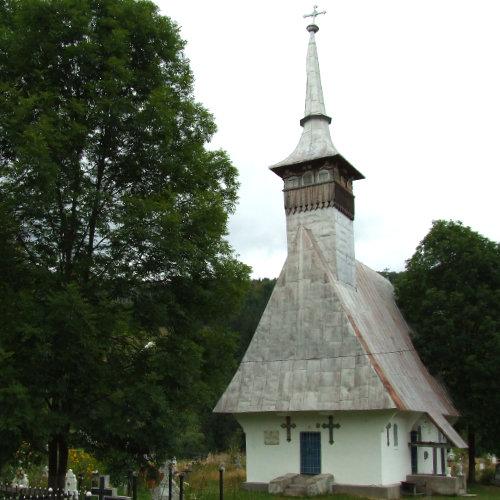 Biserica veche din Arieșeni - aproape 200 de ani vechime