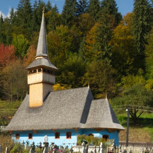 Biserică veche de 230 de ani din Gârda de sus - la 8 kilometri de Arieșeni