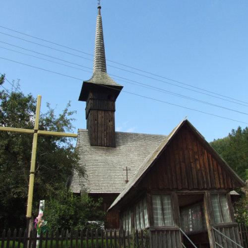 Bisericuță din Goiești - comuna Vidra. Credință în Munții Apuseni.
