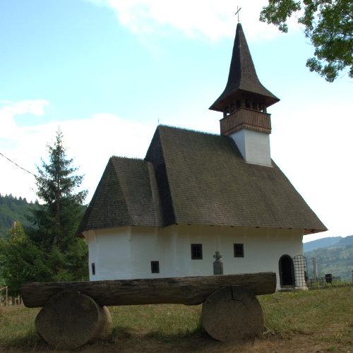 Mănăstirea Lupșa - cea mai veche bisericuță de lemn din Transilvania