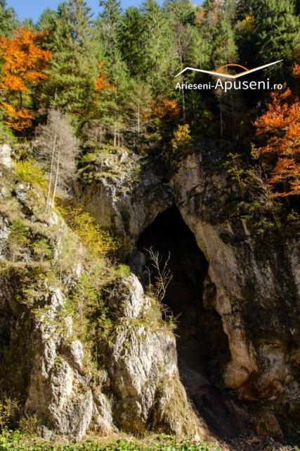 Cheile Ordâncușei - Gârda de sus - obiectiv turistic spectaculos în Apuseni.