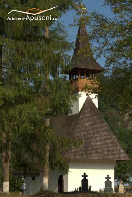 Mănăstirea Lupșa - una dintre cele mai vechi biserici de pe Valea Arieșului